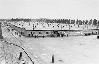 Prisoners barracks dachau publicdomain klein